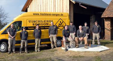 Das Team der Tischlerei Sergon